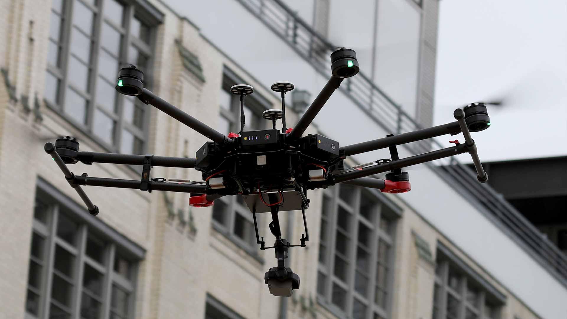 Drohnen - Einsatz Schadenserhebung, bauphysikalische Grundlagenmessung, Vermessung, Photogrammetrie… als Grundlage der Gutachtenerstattung und Beweissicherung.