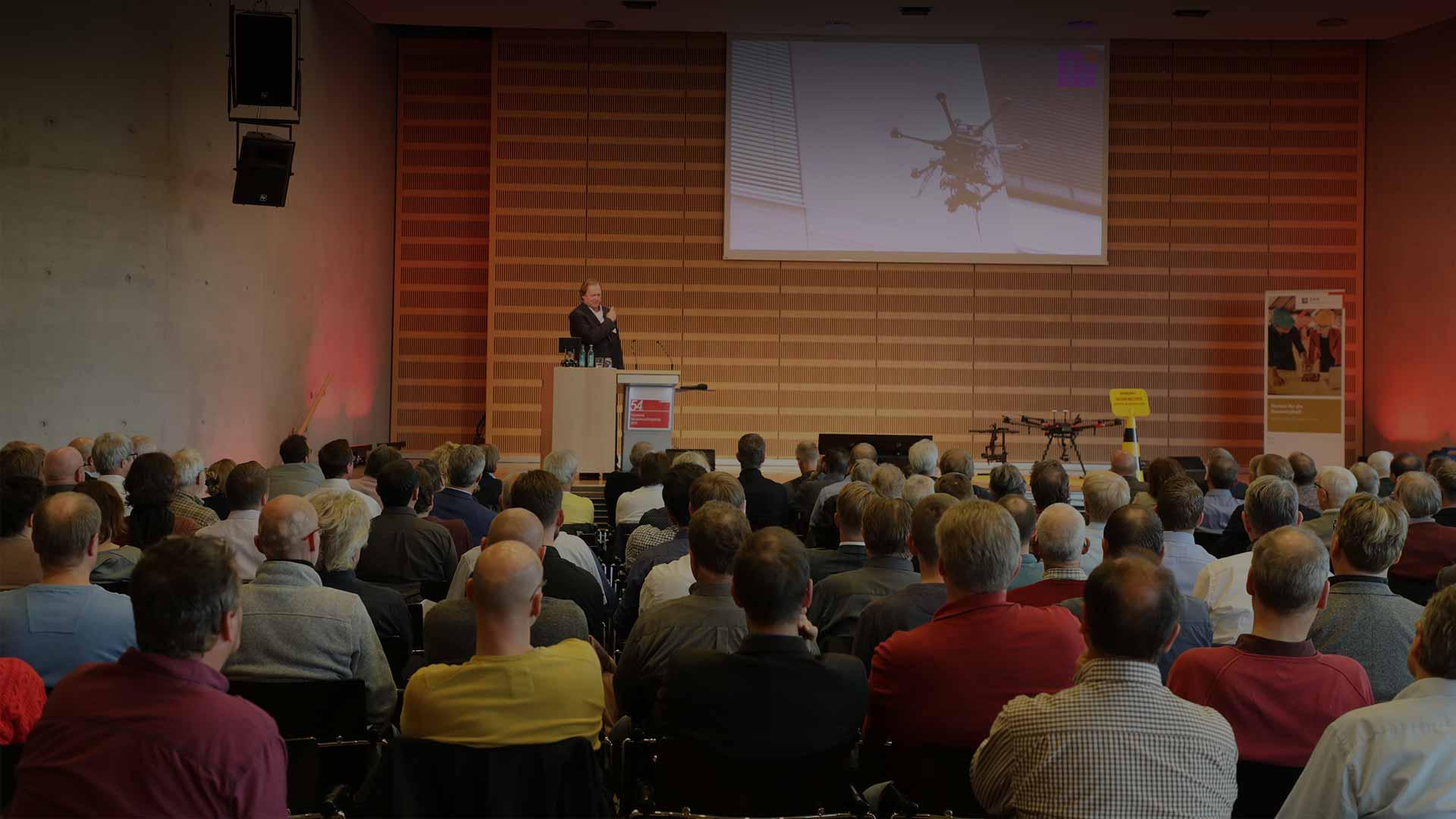 Fachvorträge - Bauwesen Individuell ausgearbeitete Vorträge zu Fachthemen am Bau und fesselnd zum Thema vorgetragen.