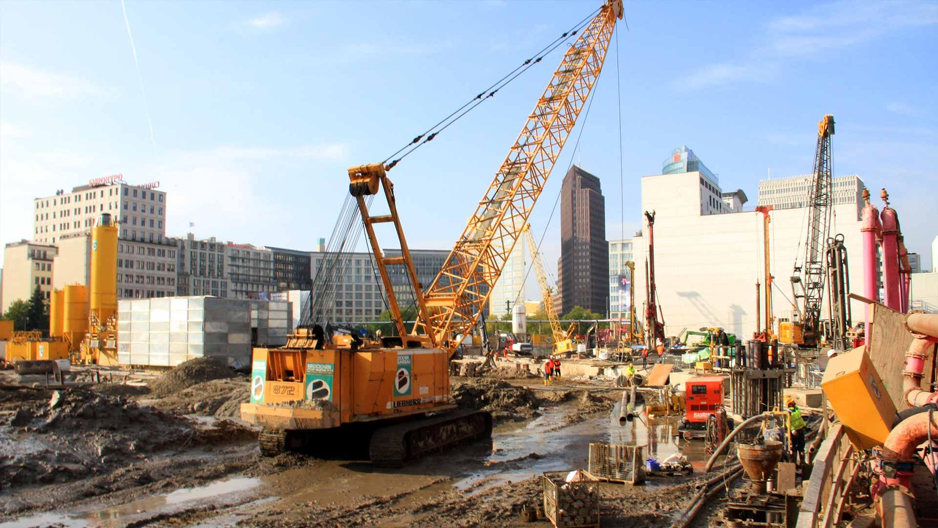 Gutachten - Bau risk Im Sinne der BAURISK Versicherung muss das Bauvorhaben sachverständig laufend und ohne Weisungsbefugnis mit Bericht und Gutachten im Schadensfall begleitet werden.